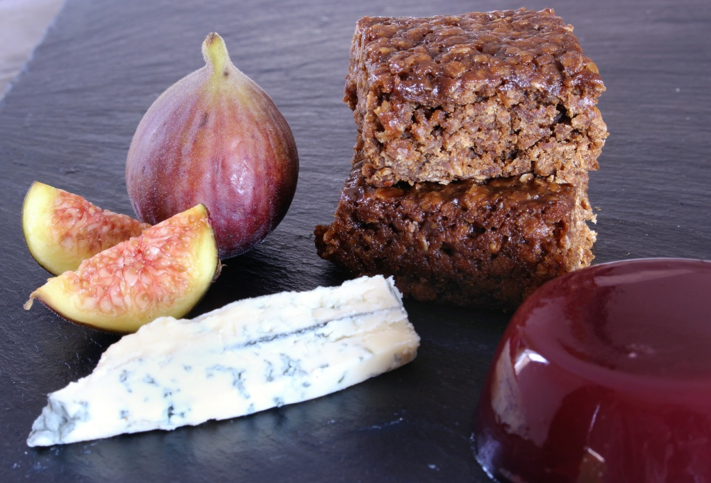 Parkin, blue cheese, port jelly, figs
