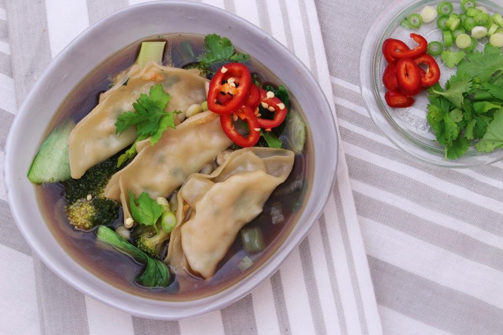 Steamed dumpling soup